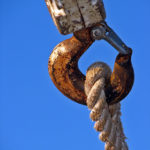 Customer Service Mindset: Image is rope with chain connected.
